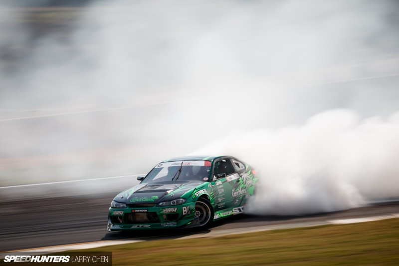Larry_Chen_Speedhunters_engine_bays_of_Formula_drift_2015-10