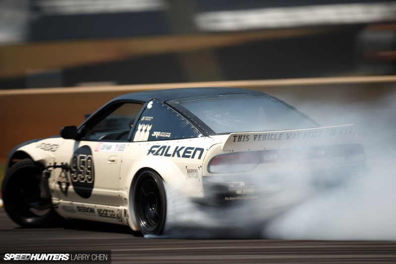 Larry_Chen_Speedhunters_engine_bays_of_Formula_drift_2015-53