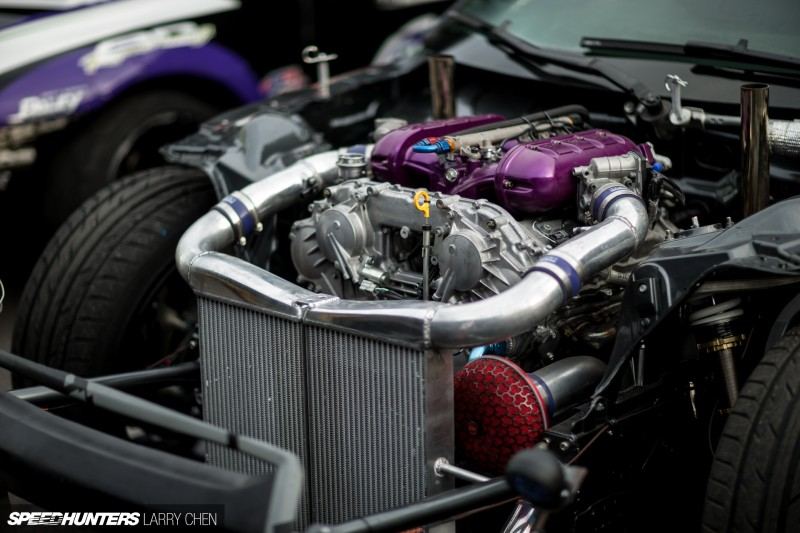 Larry_Chen_Speedhunters_engine_bays_of_Formula_drift_2015-5